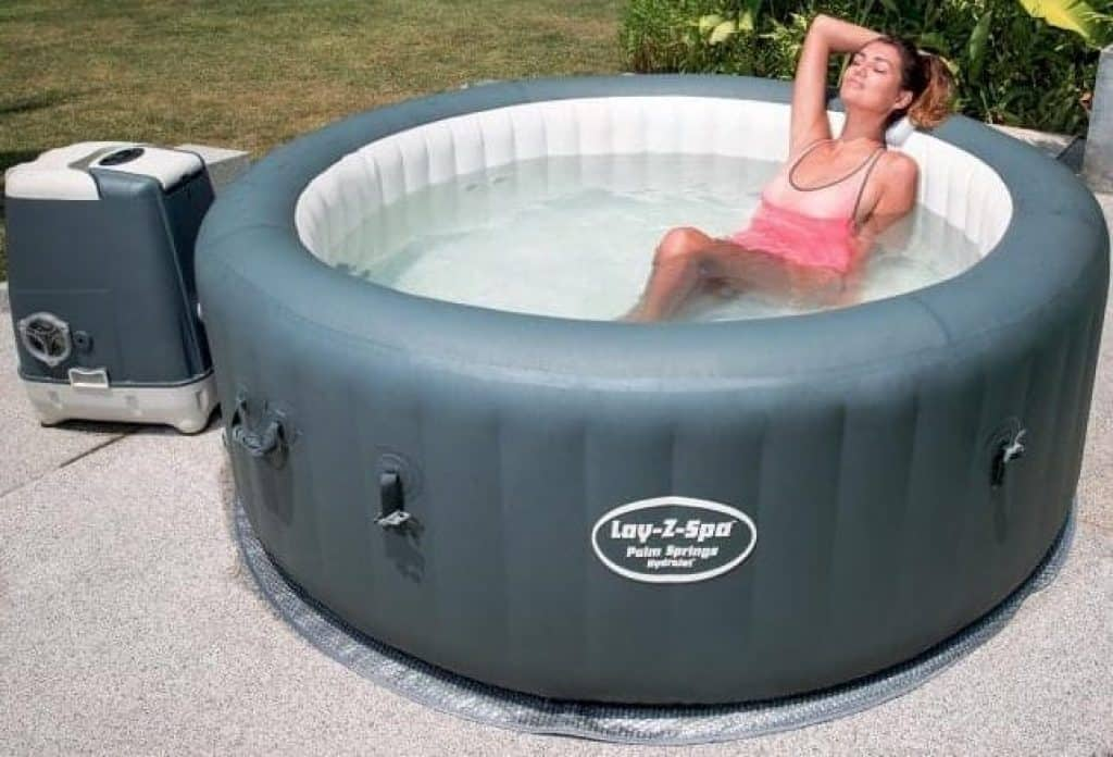 small inflatable hot tub spa